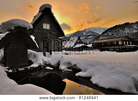 Sunset at Ogimachi, Shirakawago