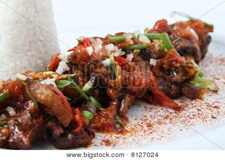 rabada comida asiática de carne