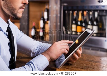 Surfing Web In Bar.