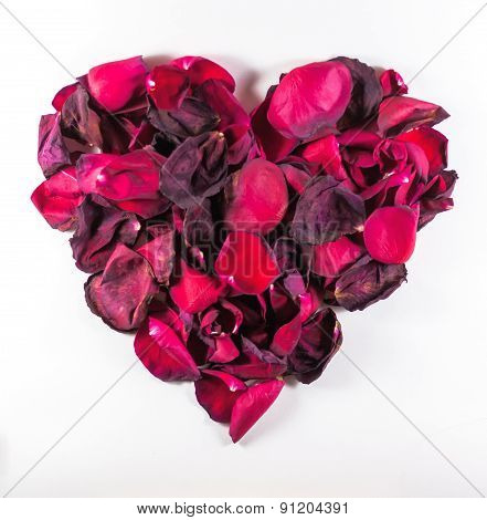 Heart Shaped Dying Rose Petal Pattern
