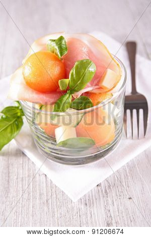 melon salad with prosciutto