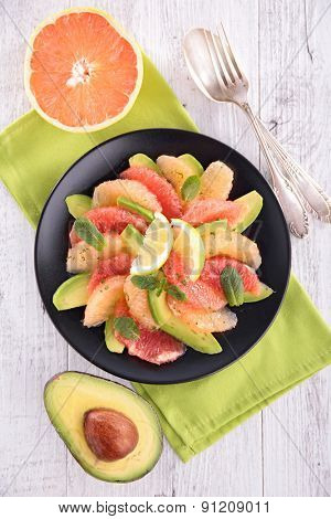 grapefruit and avocado