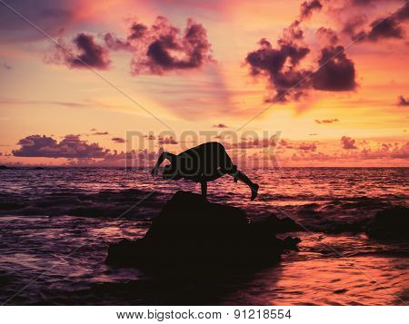 Young Man   Dancing Breakdance At Sunset