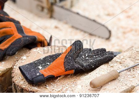 Safety Gloves For Lumber Industry