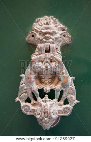 Oldfashioned Door Nob (door Knocker) With Lion Head And Cupids. Malta, Valletta.