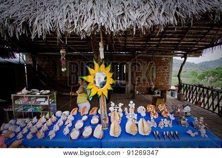 Street market, Puerto Cayo, coastal ecuadorian town along a scenic Route of the Sun.