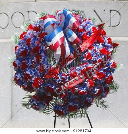 Wreath at military memorial in New York
