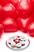 pic of icing  - Heart balloons and cupcakes with hearts icing - JPG
