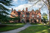 picture of manor  - Oakfield Manor - JPG