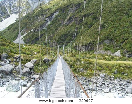 swing bridge across the hooker pass in