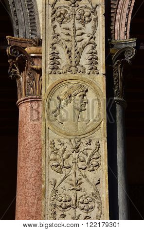 Effigy of a roman emperor from Loggia del Consiglio pillar. A beautiful example of reinassance art and architecture in Verona (15th century)
