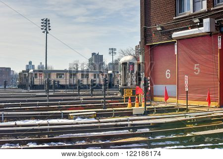 240Th Street Train Yard (van Cortlandt Yard)