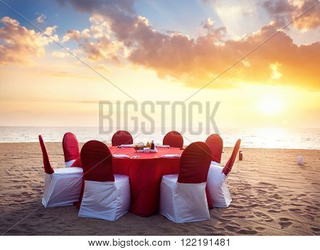 Romantic Tropical Dinner