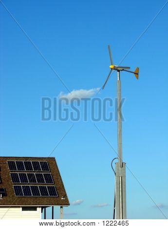 Painéis solares e energias renováveis de turbina de vento