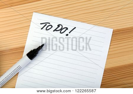 To do letters on a noteblock waiting for making a to do list