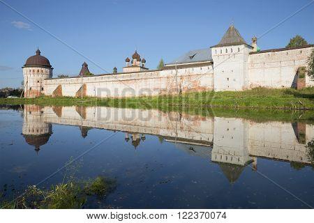 YAROSLAVL REGION, RUSSIA - AUGUST 22, 2015: Evening at the walls of the mouth Borisoglebskii Rostov monastery. The landmark of Yaroslavl region