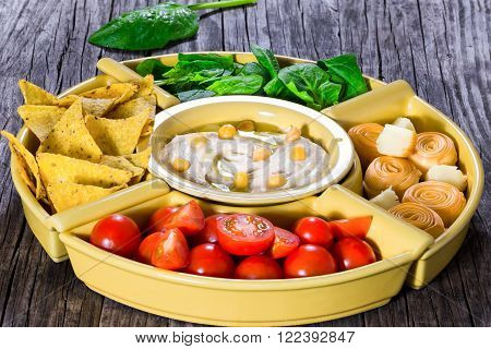 hommos, hummus, tomato, spinach, vegetable, natural, vegan,