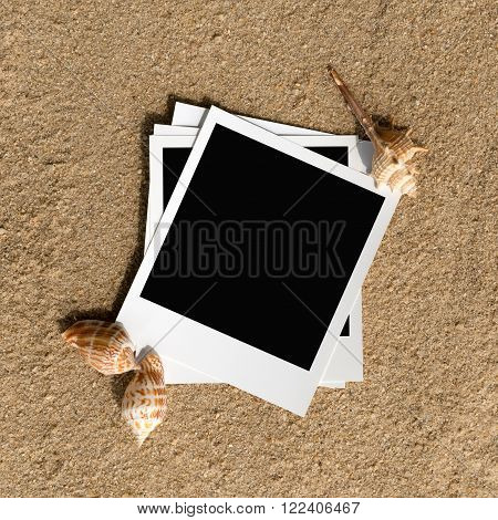 Summer beach instant photo frames with copy space