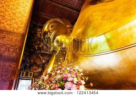 Reclining buddha in Wat Pho