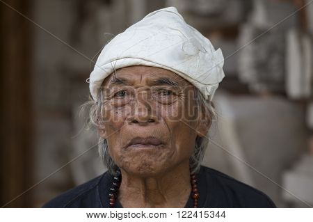 UBUD BALI INDONESIA - MARCH 10 2015 : Portrait Ketut Liyer traditional healer who starred in the movie Eat Pray Love with Julia Roberts in 2010