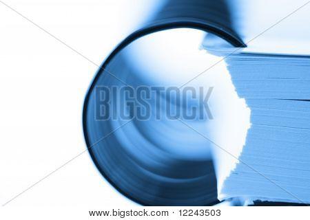 Spiral binder