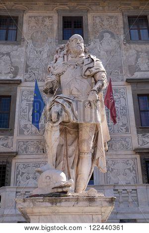 PISA, ITALY - JUNE 06, 2015: PISA, ITALY - JUNE 06, 2015: statue of Cosimo I de Medici, Grand Duke of Tuscany on Piazza dei Cavalieri in Pisa, Italy on June 06, 2015