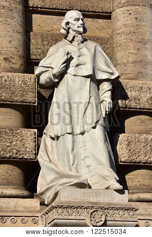 Marble statue of Giovanni Battista de Luca in front of old palace of Justice in Rome. A very important italian jurist and cardinal in the 17th century.