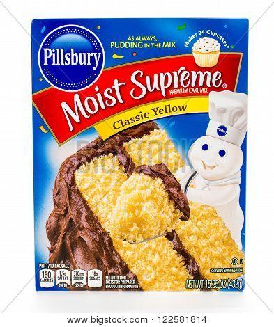Winneconne WI - 8 February 2015: Box of Pillsbury Moist Supreme Classic Yellow cake mix.