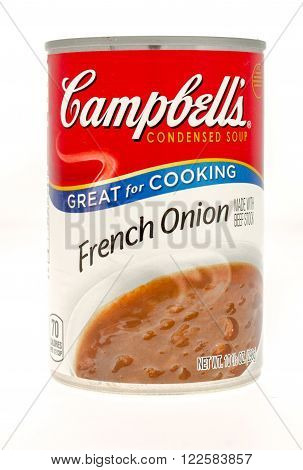 Winneconne WI - 21 Nov 2015: A can of Campbell's French onion soup
