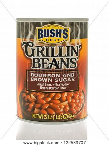 Winneconne WI - 18 Nov 2015: A can of Bush's grillin' beans in bourbon and brown sugar flavor.