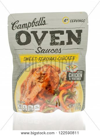 Winneconne WI - 18 Nov 2015: Package of Campbell's sauces that are made in an oven and in sweet teriyaki chicken flavor.