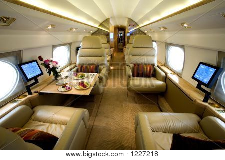 Private Luxury Jet