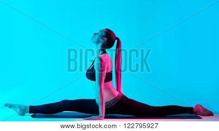 woman yoga exercices Hanumanasana