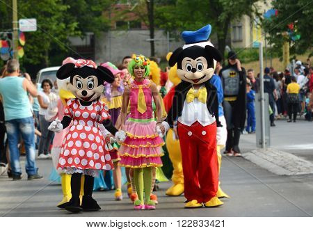 GABROVO BULGARIA - MAY 16 2015 : Mickey Mouse Minnie Mouse at the yearly carnaval in Gabrovo city