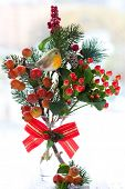 picture of winterberry  - Christmas arrangement of ornamental apples - JPG