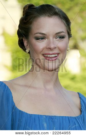 LOS ANGELES - JUL 19: Jaime King at the Much Love Animal Rescue fundraiser 'Bow Wow Wow' at the Playboy Mansion on July 19, 2008 in Los Angeles, California