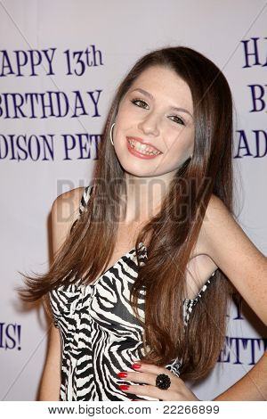 LOS ANGELES - JUL 31:  Saige Ryan Campbell arriving at the13th Birthday Party for Madison Pettis at Eden on July 31, 2011 in Los Angeles, CA