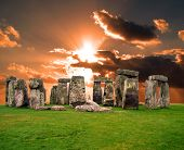 foto of stonehenge  - The Stonehenge in UK it is still a mystery - JPG