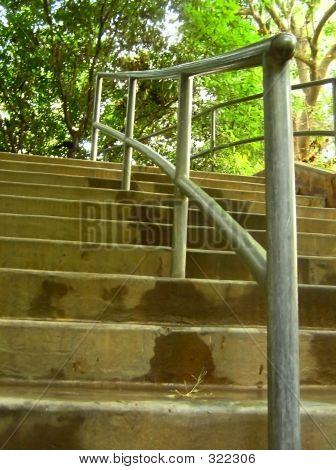 Staircase-alternate