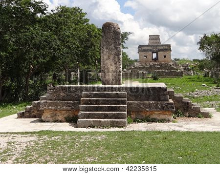 Mayan Alter