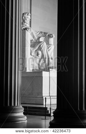 Abraham Lincoln Statue in Lincoln Memorial - Washington DC, United States