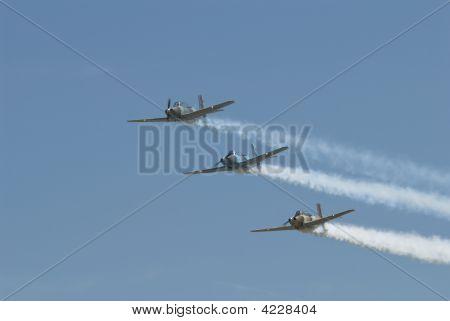 Air Show Stunt Planes