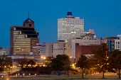 picture of memphis tennessee  - Downtown of Memphis TN from Tom Lee park - JPG