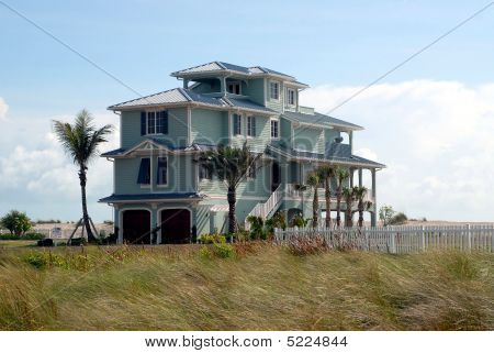 new beach home construction florida