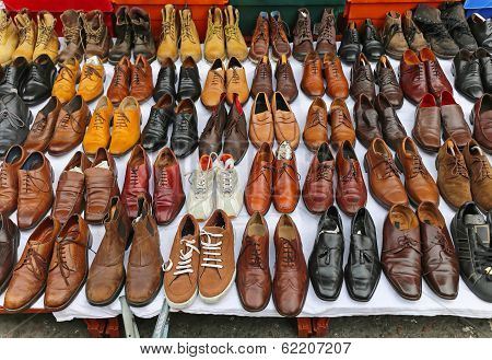 Shoes Market