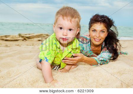 Bebê na areia