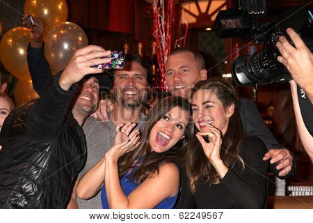 LOS ANGELES - MAR 25:  Daniel Goddard, Joshua Morrow, Sean Carrigan, Melissa Claire Egan, Amelia Heinle at the YnR41st Anniversary Cake at CBS Television City on March 25, 2014 in Los Angeles, CA