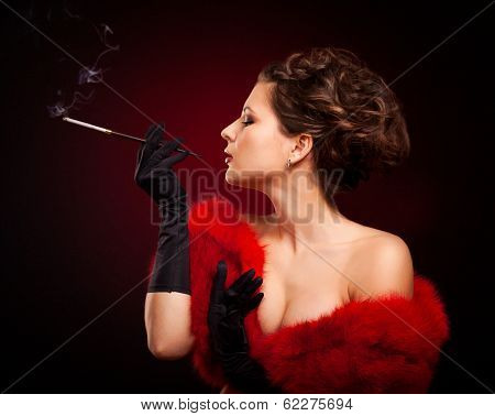 Retro Woman Portrait. Beautiful Woman With Mouthpiece In Luxury Red Fur Coat. Cigarette. Smoking Lad