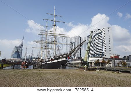 Bremerhaven (germany) - Basin With Historical Ships And Residential Towers (retouched)