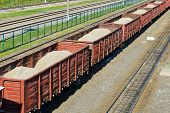 pic of boxcar  - Freight train - JPG